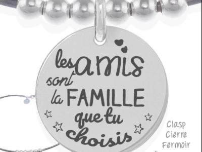 les amis sont la famille 400x300 - Cadeaux personnalisés : Collier les amis sont la famille
