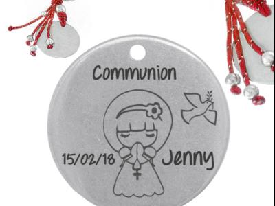 communion datenom 400x300 - Cadeaux personnalisés : Porte-clés rond franges rouge communion date/nom