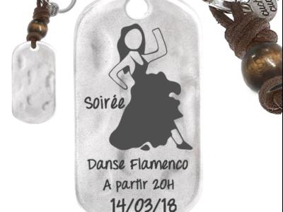 soirée flamenco 400x300 - Cadeaux personnalisés : Porte-clés rectangulaire irrégulier bois et cuir danse flamenco